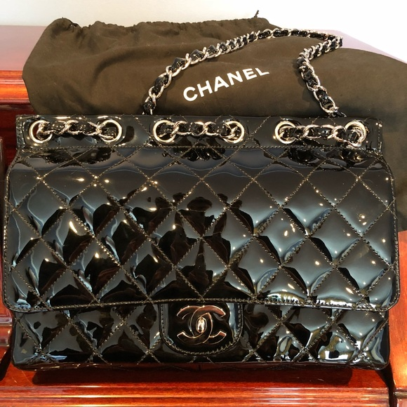 229fe656809e CHANEL Handbags - Authentic patent leather Chanel flap bag